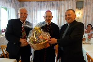Pfarrgemeinderat dankt Bischof Küng
